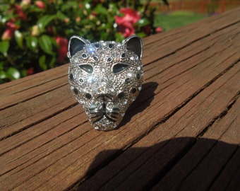 Fashion Ring, Leopard Ring, Flexible.  Silver Tone, Black Enamel and Rhinestones
