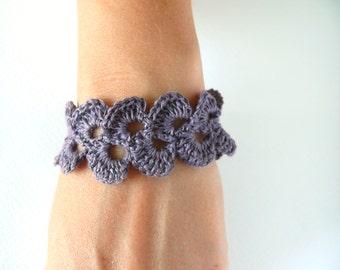 Lavender purple linen bracelet, crochet bracelet, lace trim bracelet, Shabby chic bracelet, wedding, Birthday romantic bracelet, wide cuff