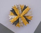 DE NICOLA Rosette Pin 1950s Vintage