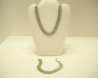 Vintage Enamel Leaves Necklace and Bracelet Demi Parure (961)