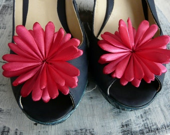 Hot Pink Accessory, Hot Pink Shoe Accessory, Bridesmaid Shoe Jewelry, Fuchsia Shoe Flowers, Fuchsia Shoe Clips