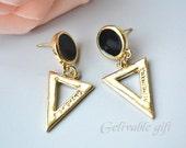 Golden Tone earrings , triangle earrings ETR01