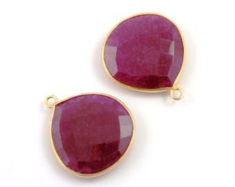 Dyed Ruby Bezel Gemstone, Heart Shape Component, Gold Vermeil, 23mm, 1 Piece, ( BZCT7204)