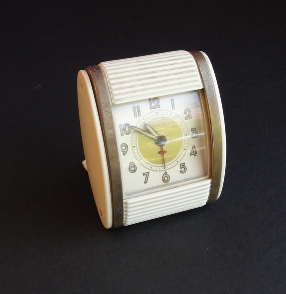 vintage westclox roll top travel alarm clock by retrofitstyle. Black Bedroom Furniture Sets. Home Design Ideas