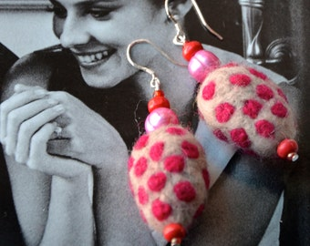 A Set of Funky Pink Polka Dots Felt Beads Earrings with Beads and Pearls