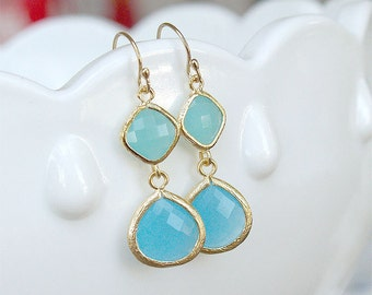 Aqua Blue Bridesmaid Earrings - Ocean Blues Earrings in Gold - Blue Tones on Gold Filled Earwire - Blue Drop Earrings