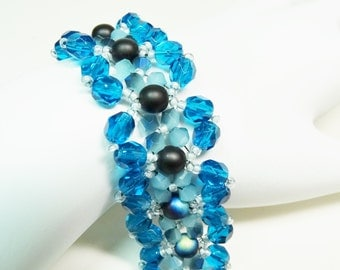TURQUOISE Fire Polished Bead WOVEN BRACELET/Turquoise Beaded Bracelet/Wide Bracelet,/Blue Bracelet/Bead Weaving Bracelet
