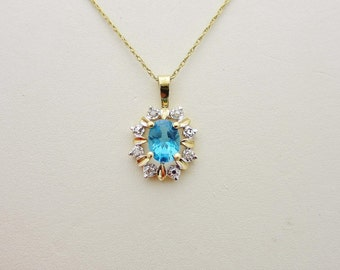 Vintage 10k Solid Gold  .75 ct AQUAMARINE And  Natural DIAMOND Pendant  & 19 Inch  Chain Necklace  N095