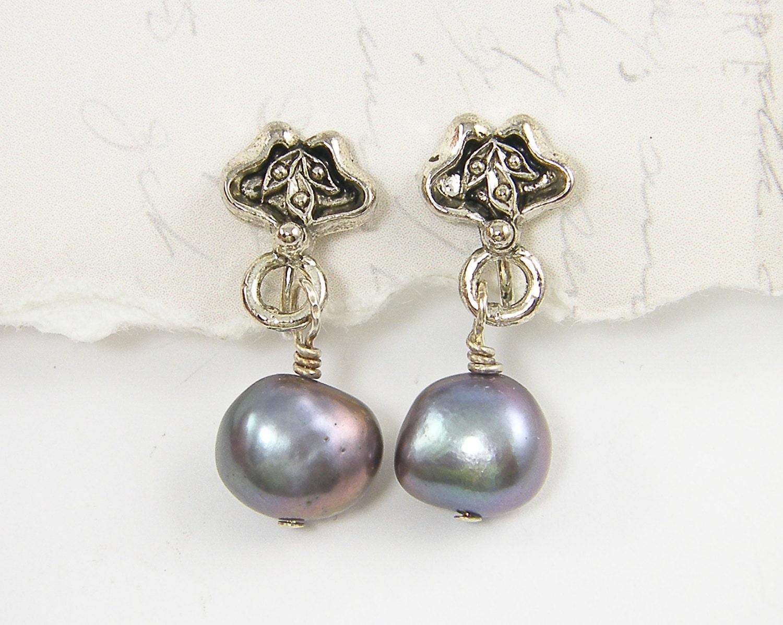 purple clip on earrings pearl clip on earring silver. Black Bedroom Furniture Sets. Home Design Ideas