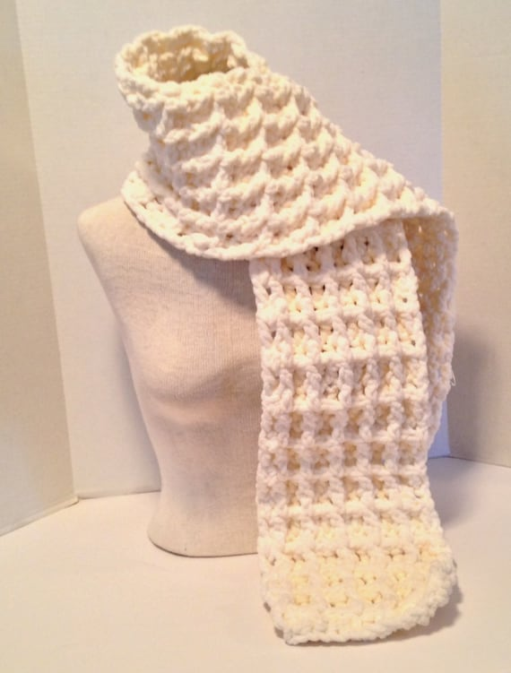Crochet Patterns Chunky Yarn : Crochet Pattern Chunky Waffle Stitch Scarf Using Bernat Baby Blanket ...