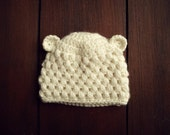 crochet bear beanie in cream  (6-9 mo.)
