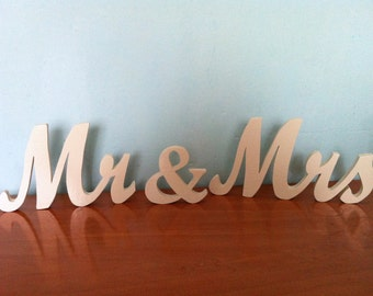 Wooden letters 1.5 mr & mrs personalized wedding decoration