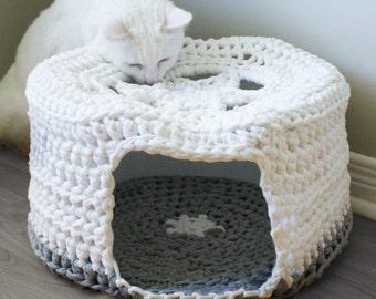 "DIY Crochet PATTERN - Chunky T-shirt Yarn Pet Cave / Cat Bed, Tarn, Tshirt Yarn (16"" diameter and 8"" high)"