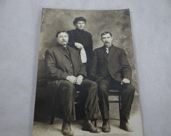 Vintage Postcard Family Photograph - Turn of the Century