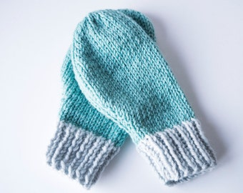 Colour Block Knitted Mittens Mint & Grey