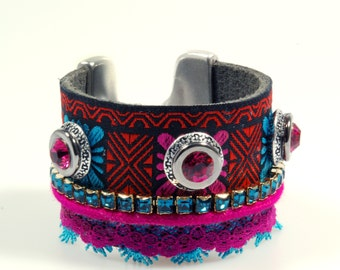 Ibiza leather cuff with Swarovski - bracelet fuchsia turquoise - bohemian chic, Ibiza style, hippie style - wide cuff lace and ribbon