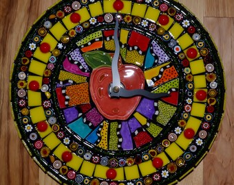 Apple & Worm Mosaic Clock