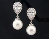 Wedding Jewelry Bridesmaid Gift Bridal Jewelry Bridesmaid Pearl Earrings White OR Cream Swarovski Round Pearl Drop Earrings Dangle Earrings