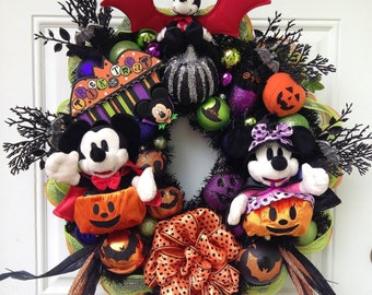 Disney Halloween Wreath Mickey Mouse and Minnie Mouse - Tokyo Resort Plushes