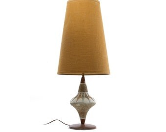 Retro Plaster Lamp Chalkware