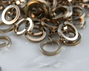 16 ga 5/16, 125 Square Champagne Anodized Aluminum Chainmail Jump Rings