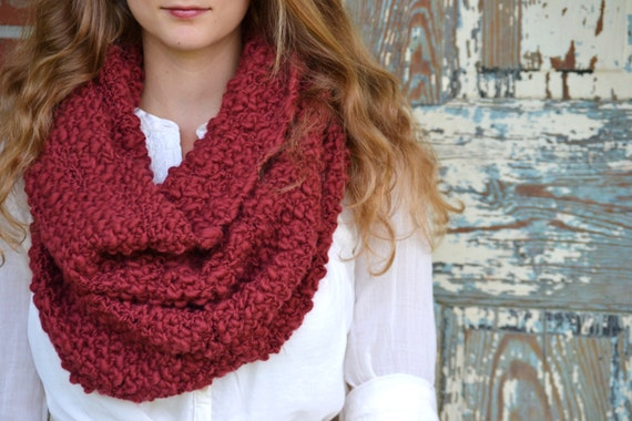 Chunky Knit Textured Merino Cowl - Oxblood