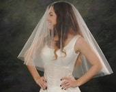 Drop Veil 24 inch front 28 inch back Circular 2 Tier Light Ivory Bridal Veil Waist Silk Wedding Veil White Blusher Double Layer