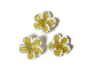 seed bead ornament, seed bead flowers, decorative ornament for easterbush,  set of 3 white and yellow flowers