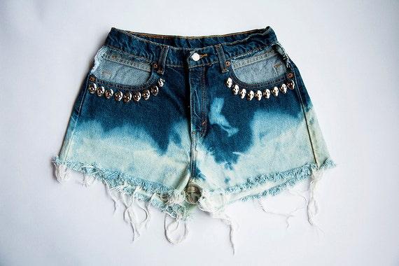 Vintage High Waist Blue Ombre Bleached Distressed Denim Cut Off Skull Shorts