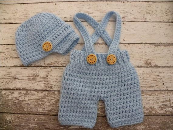 Crochet b b short pantalon avec bretelles et casquette - Ensemble de meuble pour bebe ...