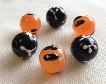 Halloween glass ghost beads-6 beads