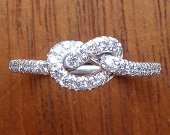 Diamond Love Knot Pave Ring 18k White Gold Friendship Promise Wedding Band