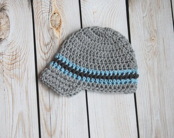Newsboy crochet hat in gray and light blue for boys