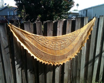 Knitting Pattern - Bee Leaf Half Pi Shawl