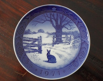 "Royal Copenhagen Hare in Winter denmark  7"" wide 1971"