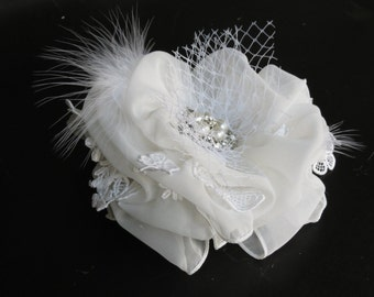 White Bridal  Flower Hair Clip-Bridal Bow - Wedding Hair Clip - Wedding Accessory -Pearls-Feathers-Bridal Accessory