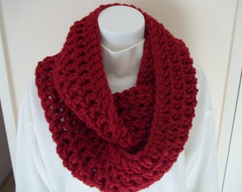 Chunky Infinity Scarf Cowl Eternity Circle Loop Fashion Crochet  Red