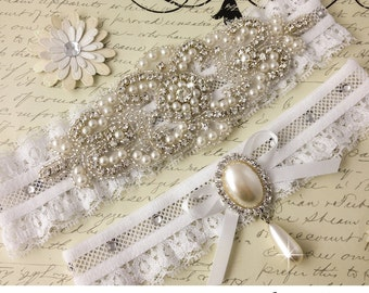 Pearl Bridal garter set, Wedding Garter set, Rhinestone and Pearl Garter, Personalized Garters