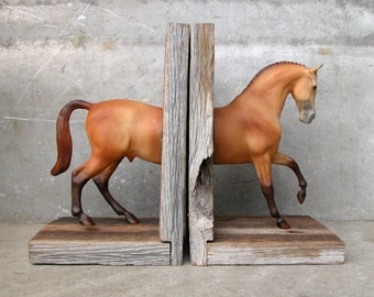 EQUINE COLLECTION warmblood horse bookend in sandstone