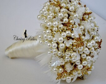 Pearl Bouquet Brooch bouquet Pearl Wedding Vintage ivory and gold Bouquet