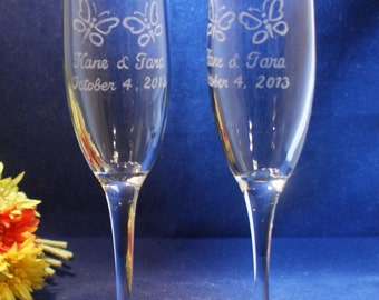 2 Personalized Wedding Champagne Flutes with engraved Butterflies, Free Personalization