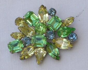 Brooch - Green Rhinestones - Vintage