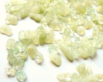 Vintage Green Glass Chip Beads, Jewelry Making, Craft Supplies De stash Lot