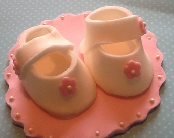 Fondant baby booties