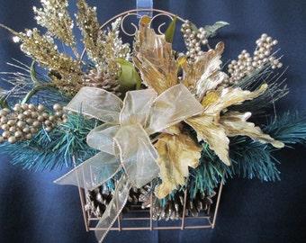 WAS 39.00 NOW 29.00 Christmas decor,xmas decoration,wreath,seasonal and holiday decor,christmas poinsetta decor