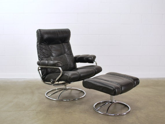 Iu0027m not a fan personally (although itu0027s much nicer than the post-1970s models such as this one) especially of the reddish-tan leather ... & My $75 Flea Market Find - Vintage Made in Norway Ekornes? Recliner ... islam-shia.org