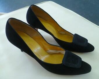 "1960s Black Velvet Pumps Shoes with 3"" Heels Buckles Designer Ray Ehinger Size 8  or 7-1/2"