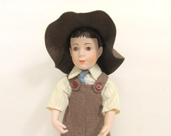 "Vintage Franklin Mint Country Store "" Ceresota Flour "" Male Doll /  Porcelain Franklin Mint Doll"