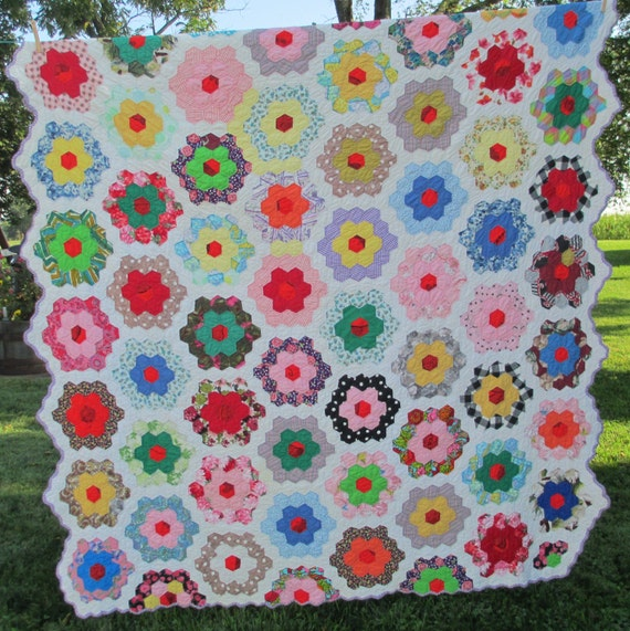Vintage Grandmother 39 S Flower Garden Quilt 1950 39 S By Astringortwo