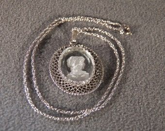vintage Sterling Silver Large Oval Fancy Carved Glass Cameo Intaglio Pendant Charm Necklace Chain